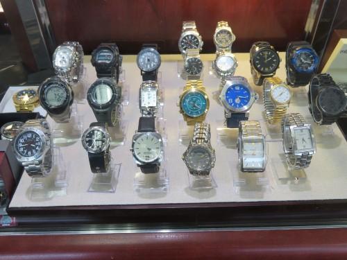 watches-timepeaces-pawn-loans-wichita-ks-a-ok-pawn-jewlery 500x375